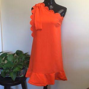 NWT Victoria Beckham scalloped one shoulder dress